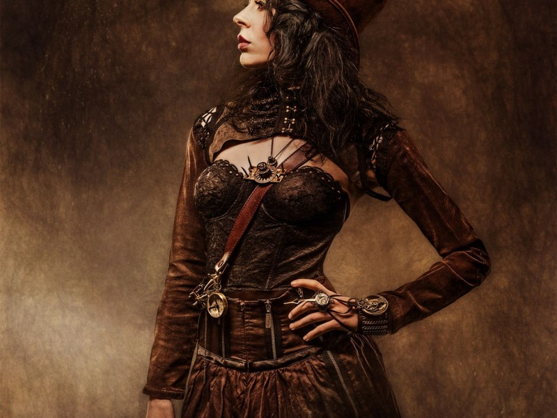 SturDaVinci Art Tools | Steampunk Moon Lady